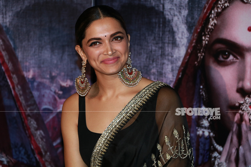 deepika padukone at padmavati 3 d trailer launch