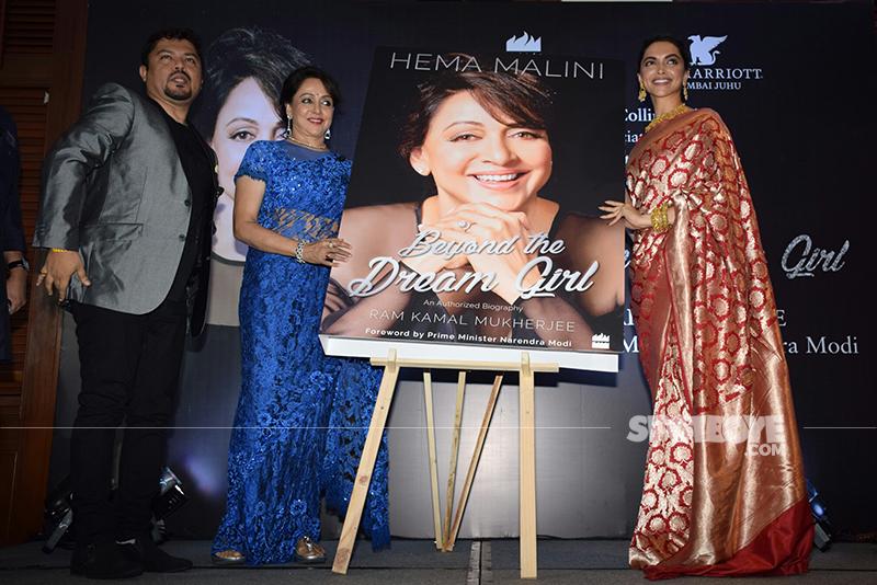 deepika padukone hema malini at hema malini autobiography launch