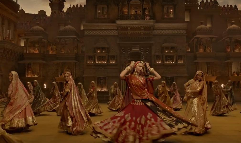 deepika padukone masters the ghoomar dance
