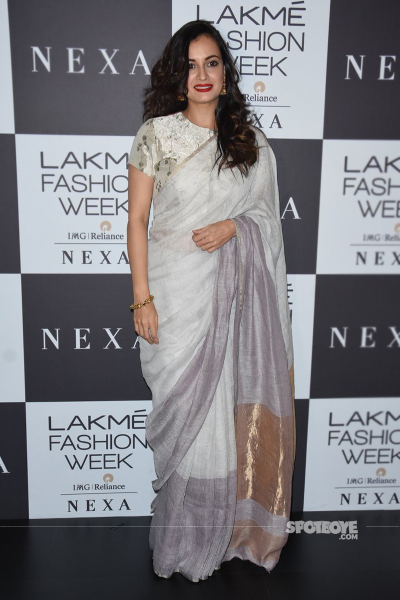 dia mirza at the lakme fashion week 2017