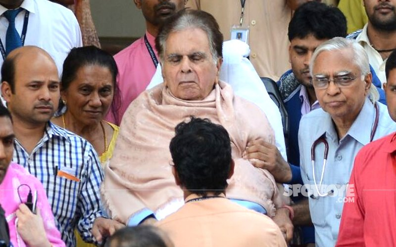 dilip kumar heads back home after week at hospital
