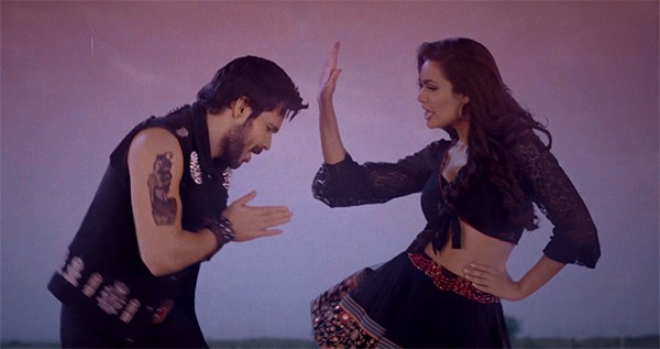 emraan hashmi and esha gupta in baadshaho song socha hai