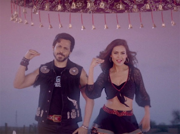 esha gupta and emraan hashmi in baadshaho song socha hai