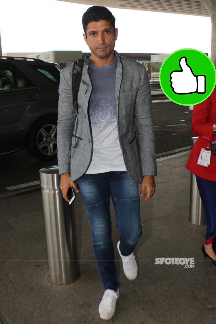 farhan akhtar snapped at airport