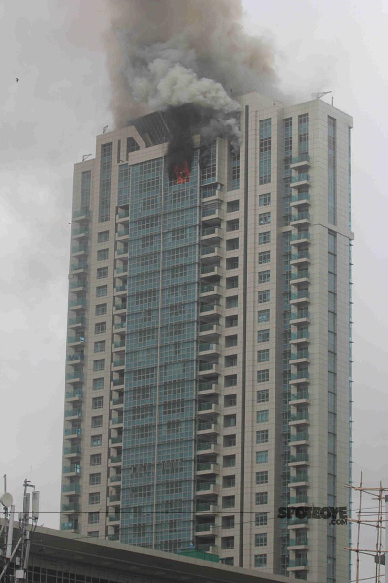 fire engulfs beaumonde building