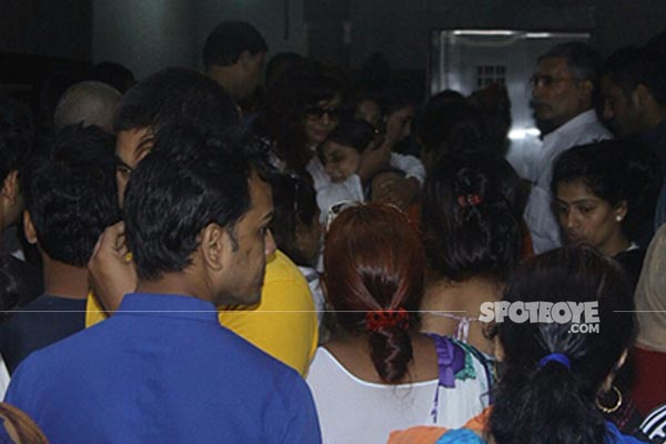 friends and family mourn the demise of inder kumar