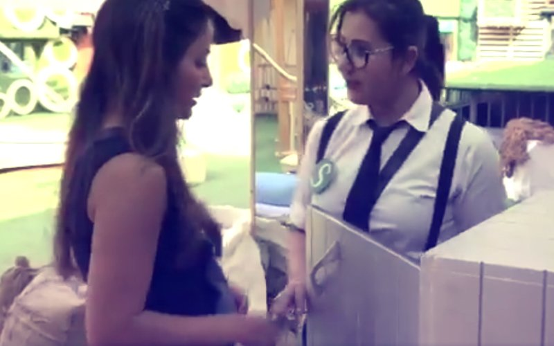 Bigg Boss 11: OUCH! Hina Khan & Shilpa Shinde Steal Vikas Gupta's Money