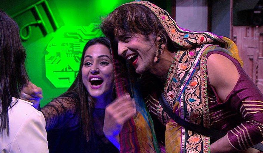hiten tejwani and hina khan in bigg boss house