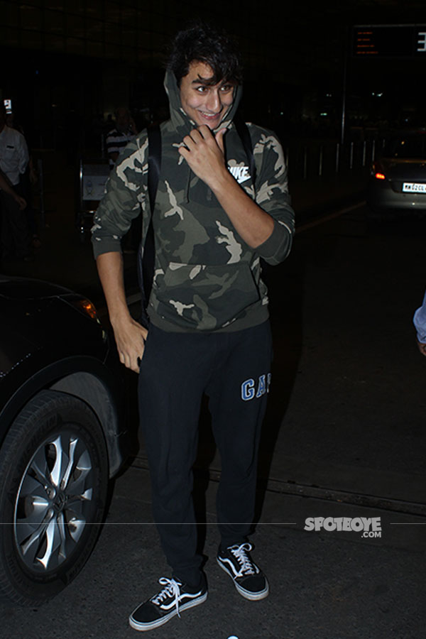 ibrahim ali khan departs for iifa 2017 with father and sister in tow