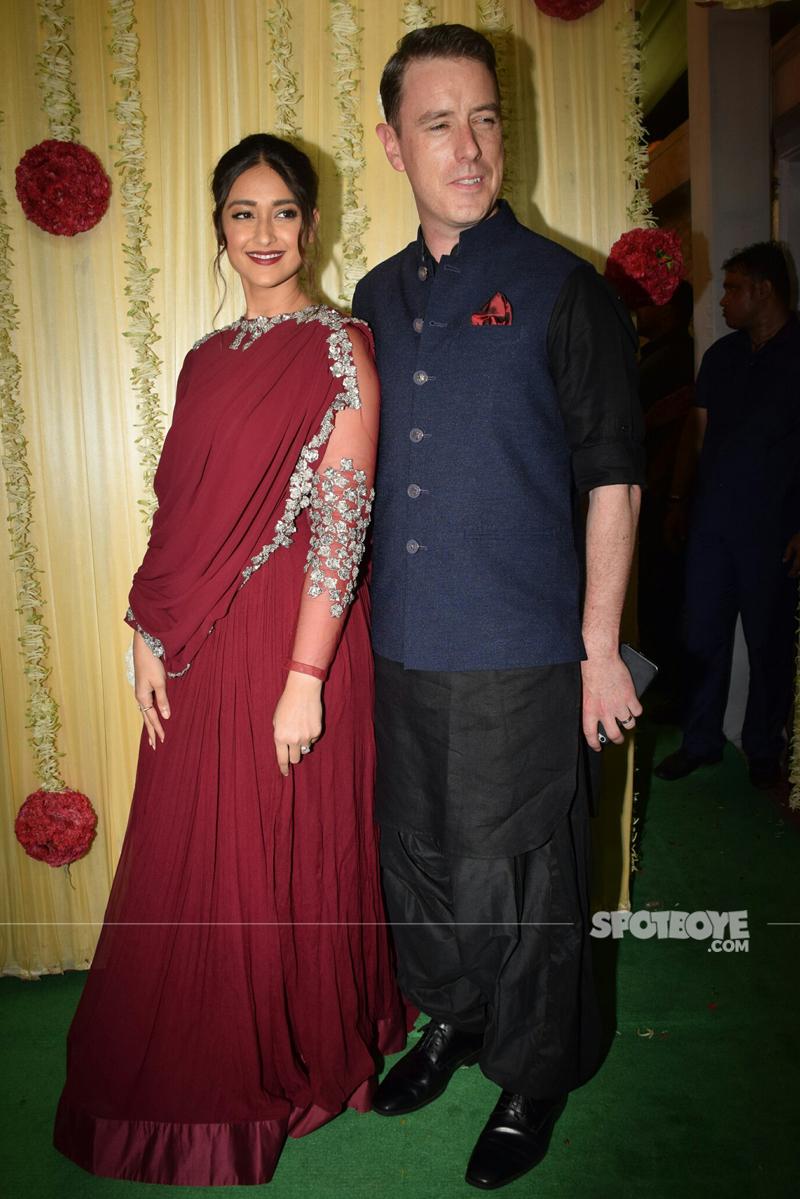 ileana d cruz with borfriend at ekta kapoor diwali bash
