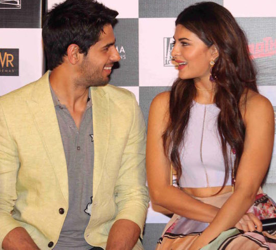 jacqueline fernandez and sidharth malhotra at an event