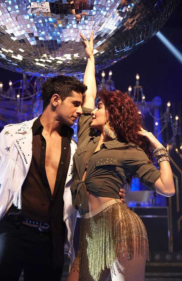 jacqueline fernandez and sidharth malhotra in a gentleman song disco disco
