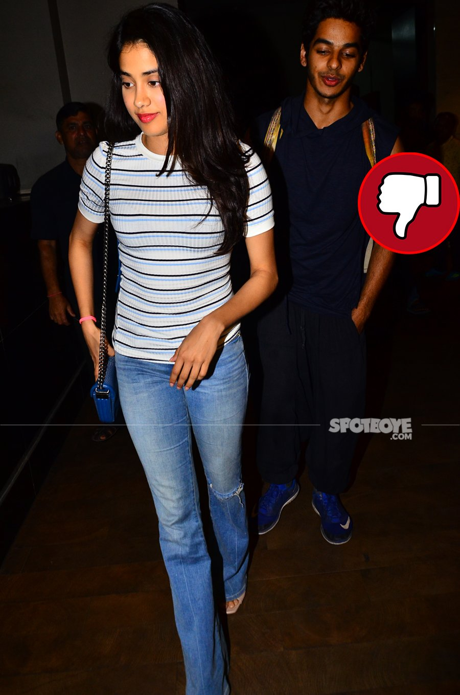 janhvi kapoor at the screening