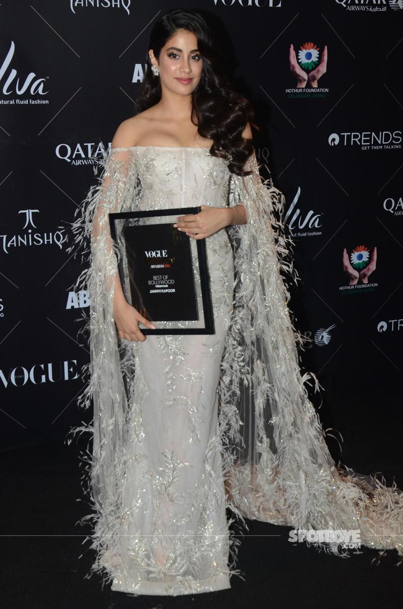 janhvi kapoor at voguebeauty awards 2018