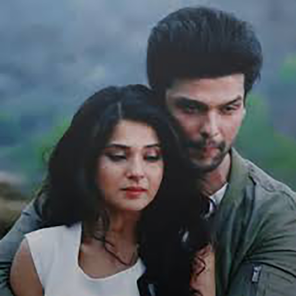 jennifer winget  kushal tandon in a still from beyhadh