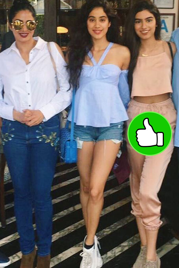jhanvi kapoor with mom sridevi and sister khushi on a holiday