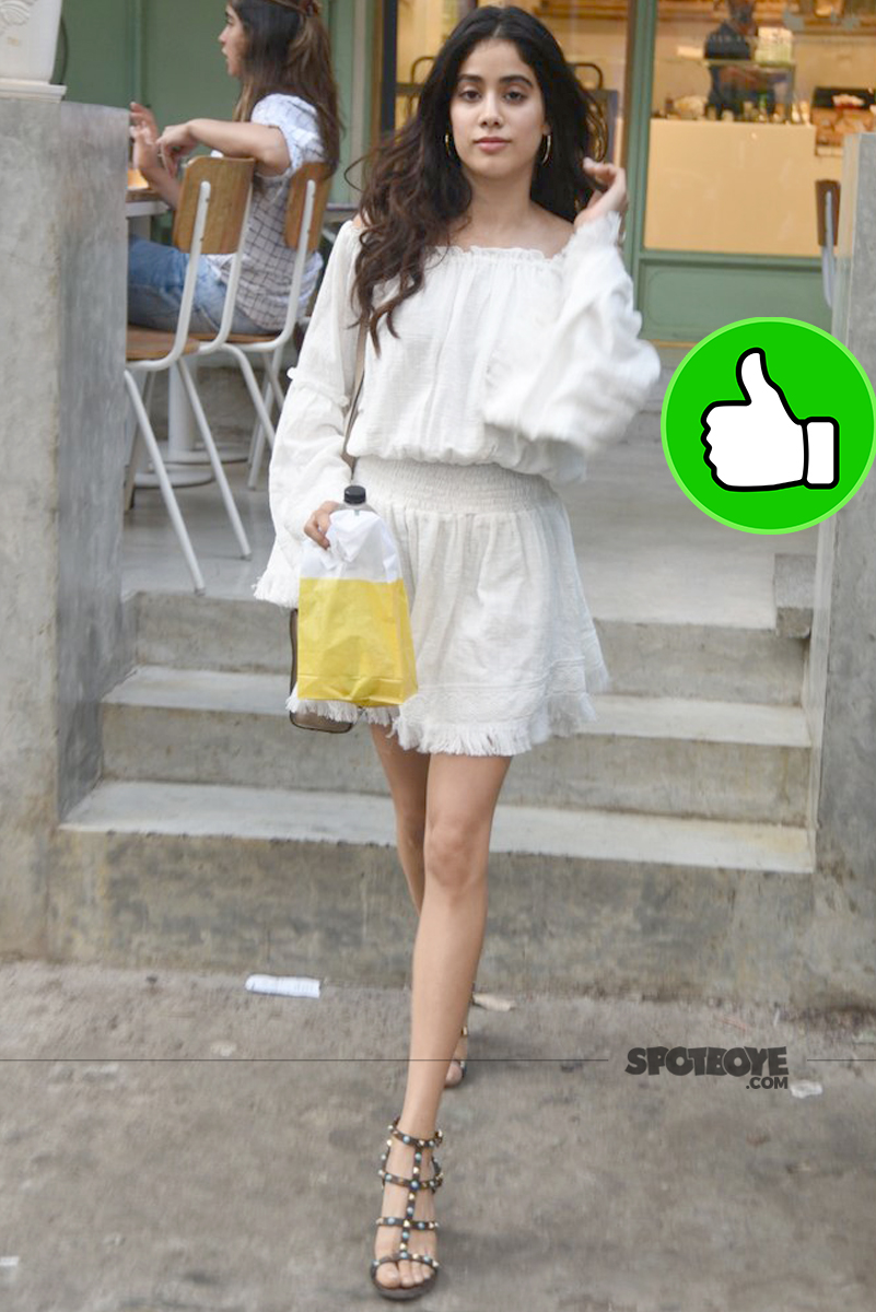 jhanvi kapoor spotted outside an eatery joint