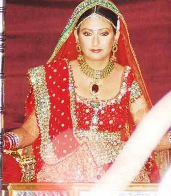juhi parmar at her wedding
