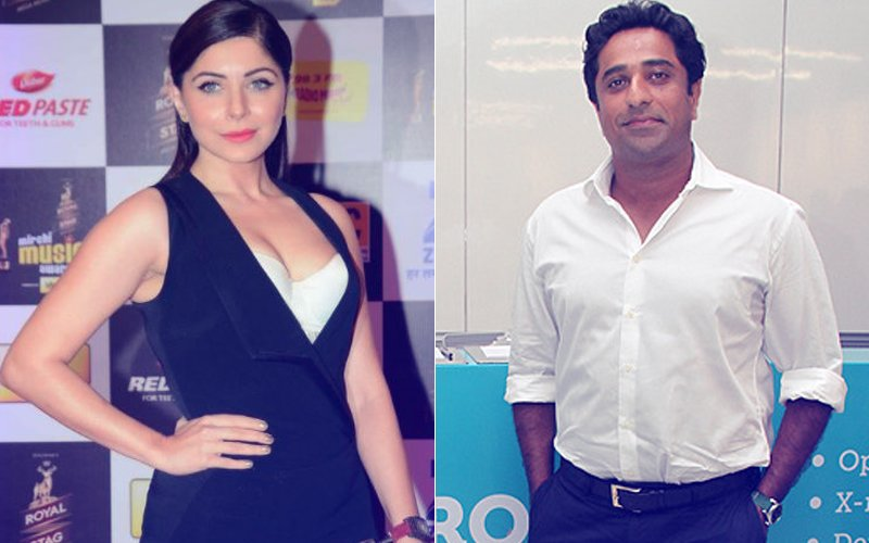 NOT SHY ANYMORE: Kanika Kapoor Shares Picture Of Rumoured Boyfriend For The First Time