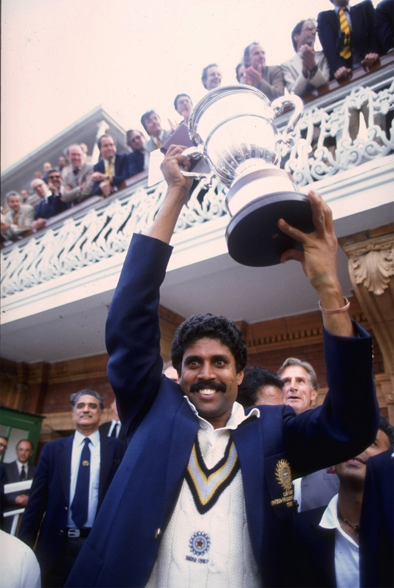 kapil dev lifts the world cup at lords