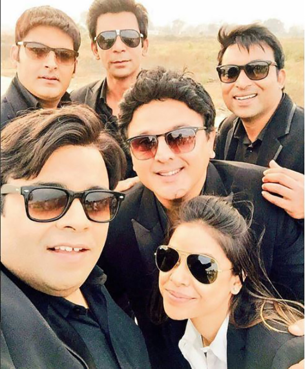 kapil sharma and team