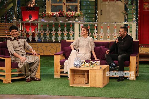 kapil sharmas banter with anushka sharma and salman khan on the sets of the kapil sharma show in filmcity