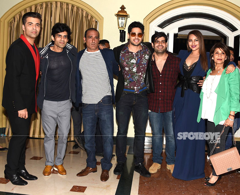 karan akshaye sidharth sonakshi at itterfaq media meet