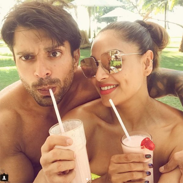 lovebirds karan singh Grover and bipasha basu