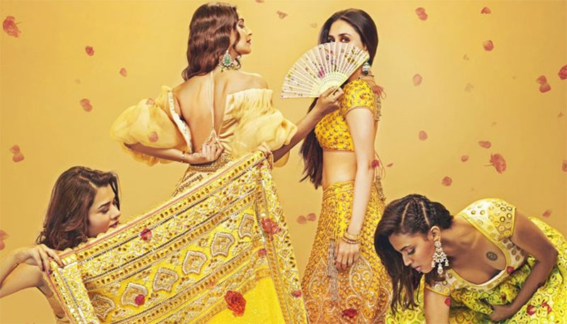 kareena kapoor and sonam kapoor in veere di wedding