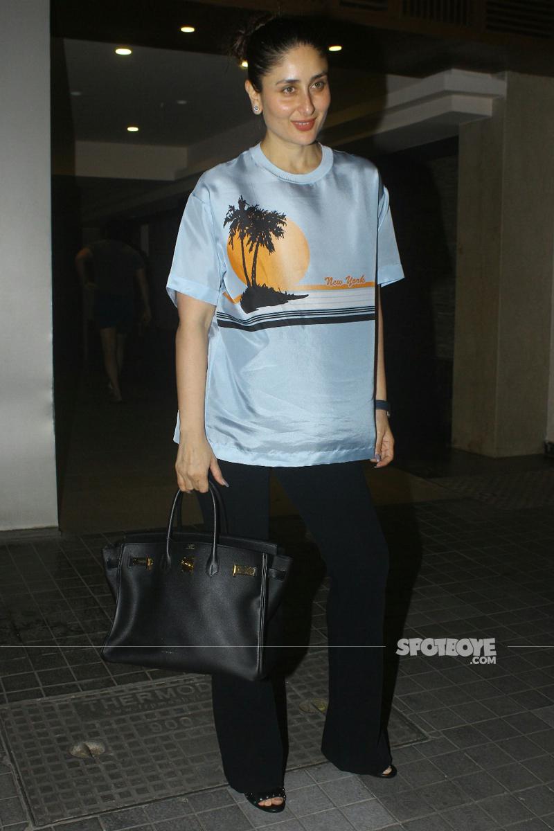 kareena kapoor poses for the media
