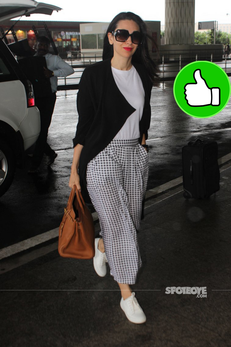 karisma kapoor at the airport