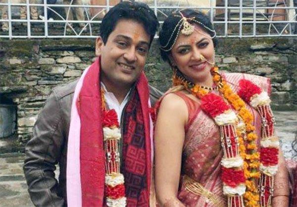 kavita kaushik and ronit biswas