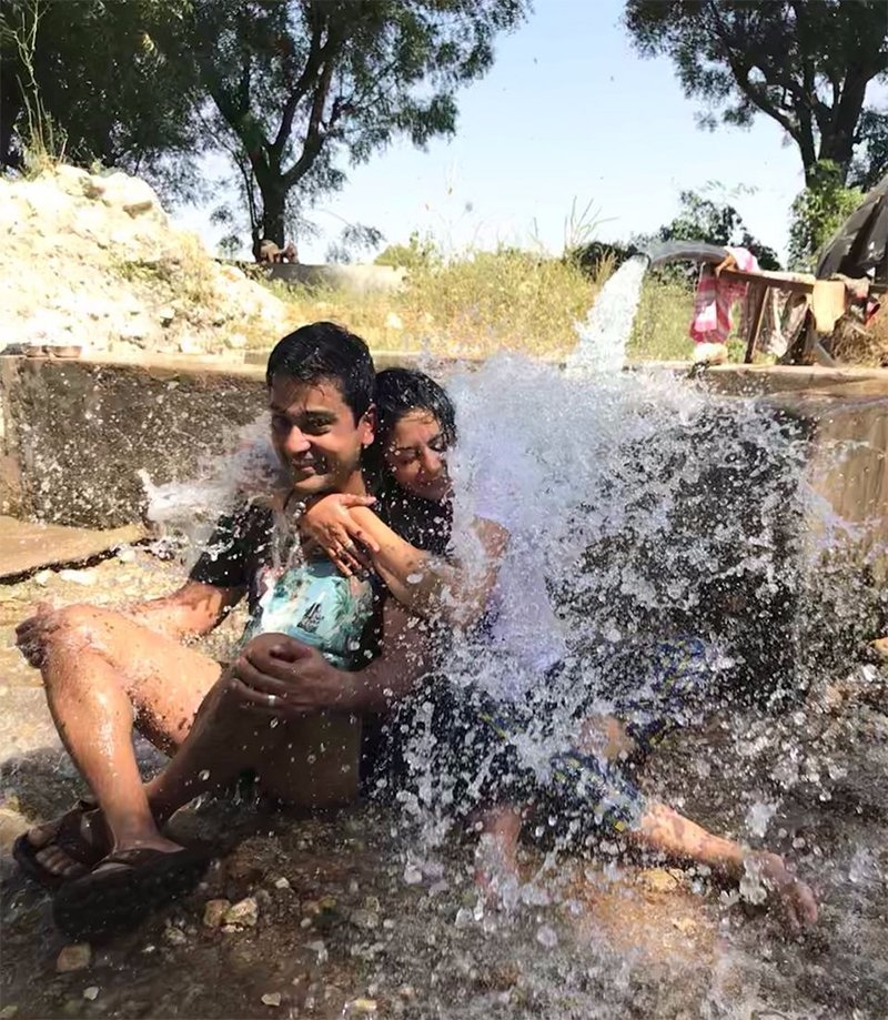 kavita kaushik with husband ronnit biswas enjoying their holiday in rajasthan