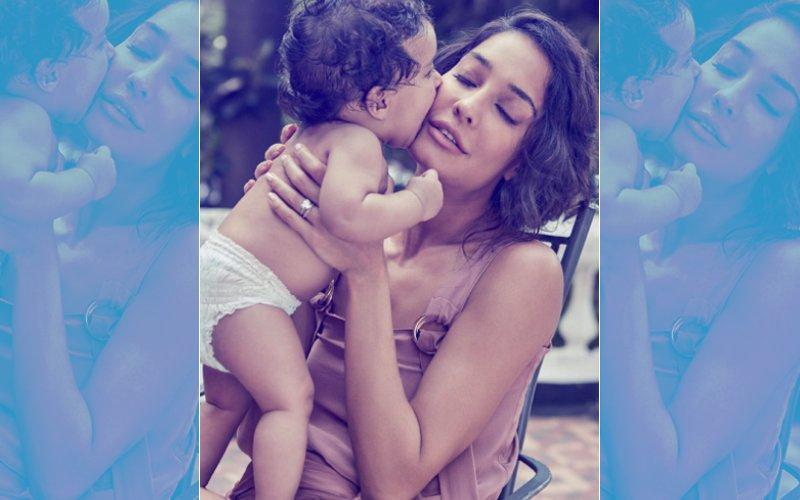 Lisa Haydon's Photo Shoot With Baby Zack Is Too Cute To Miss!