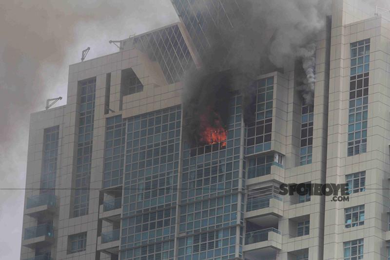 massive fire in deepika building