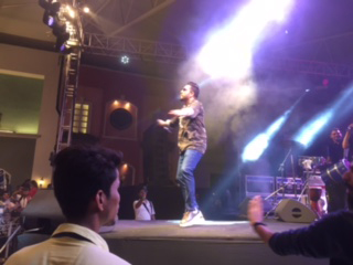 mika singh performing on stage