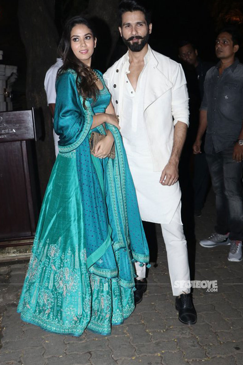 mira rajput and shahid kapoor at anil and sonam kapoors diwali bash