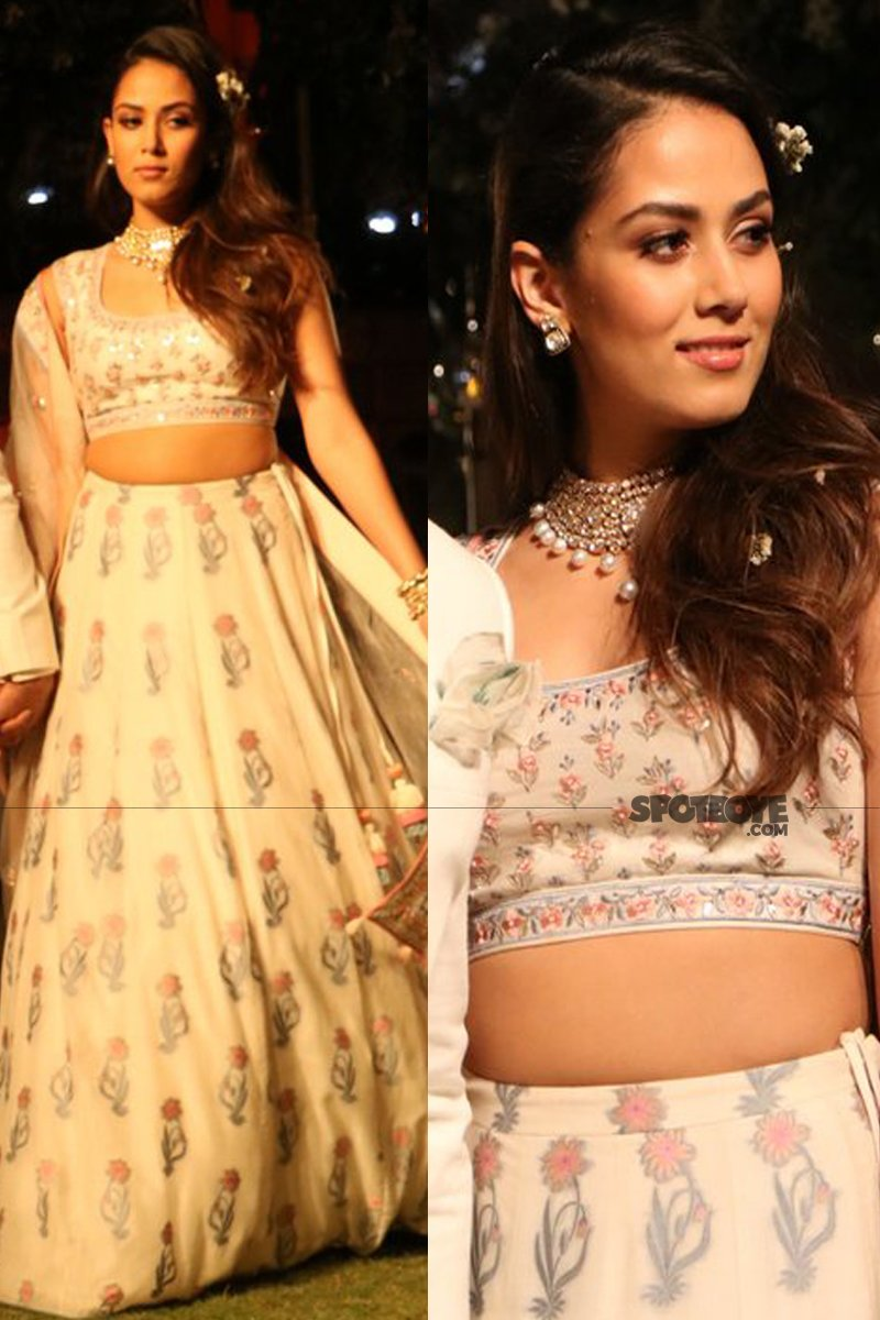 mira rajput at the lakme fashion week