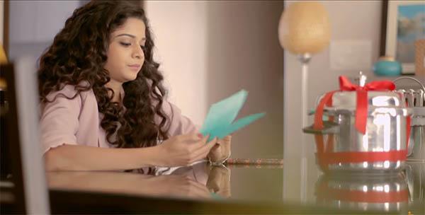 mithila palkar in a still from girl in the city