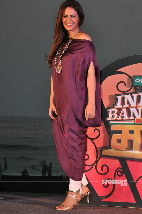 mona singh strike a pose at the launch of india banega manch host mona singh and krushna abhishek strike a pose at the launch of india banega manch in association with colors