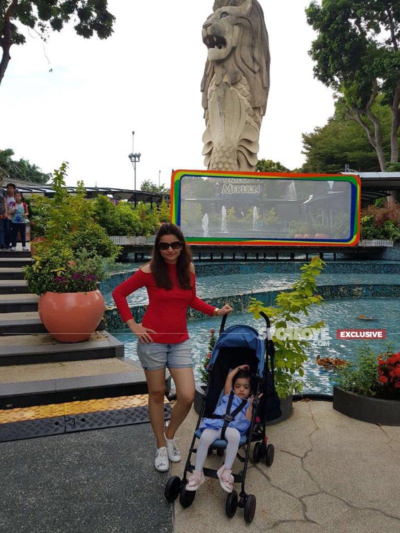 muskaan tv actress mihani with her daughter mannat in singapore