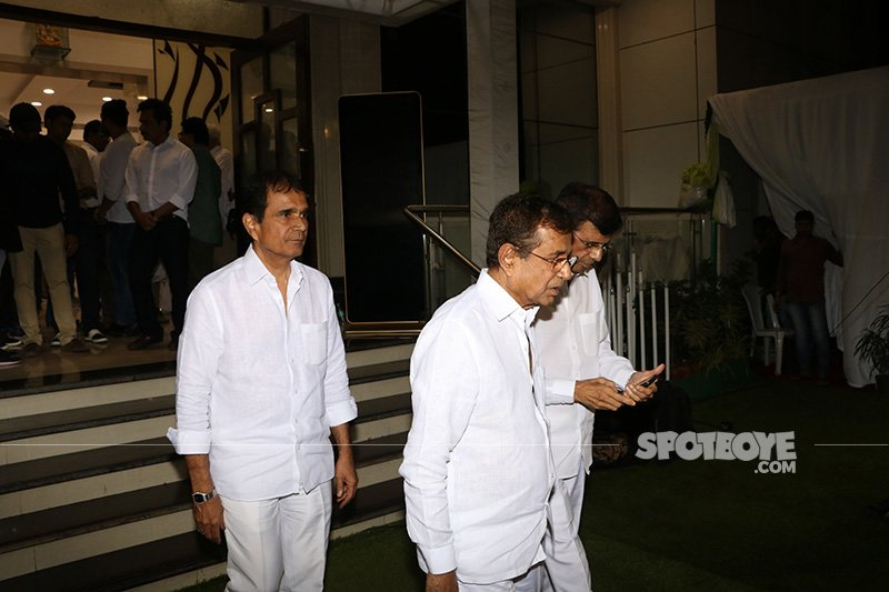 mustan brothers at neeraj vora s prayer meet