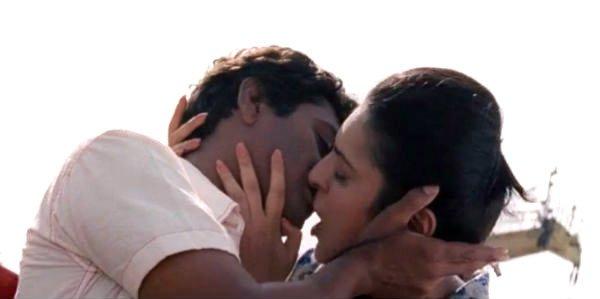 nawazuddin siddiqui and niharika singh kiss