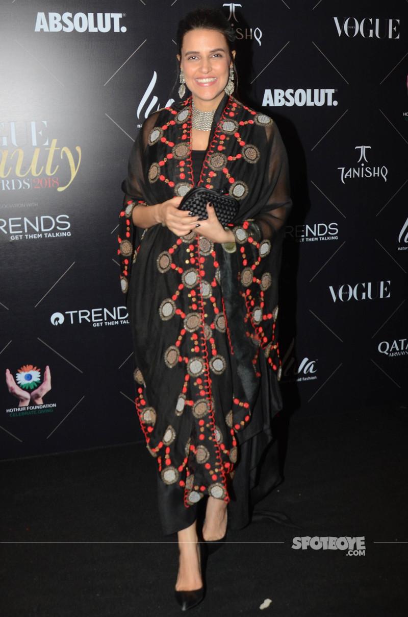 neha dhupia at vogue beauty awards 2018