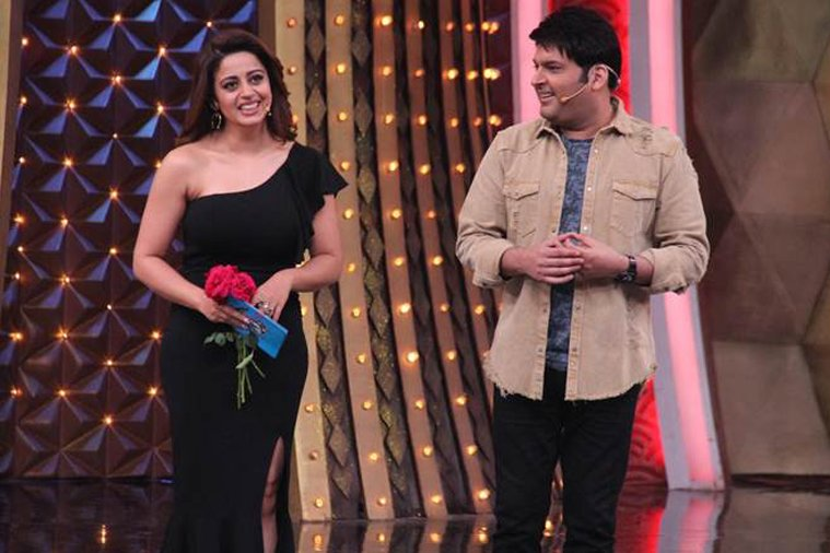 nehha pendse with kapil sharma in family time with kapil sharma