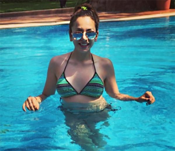 nitibha kaul in the pool