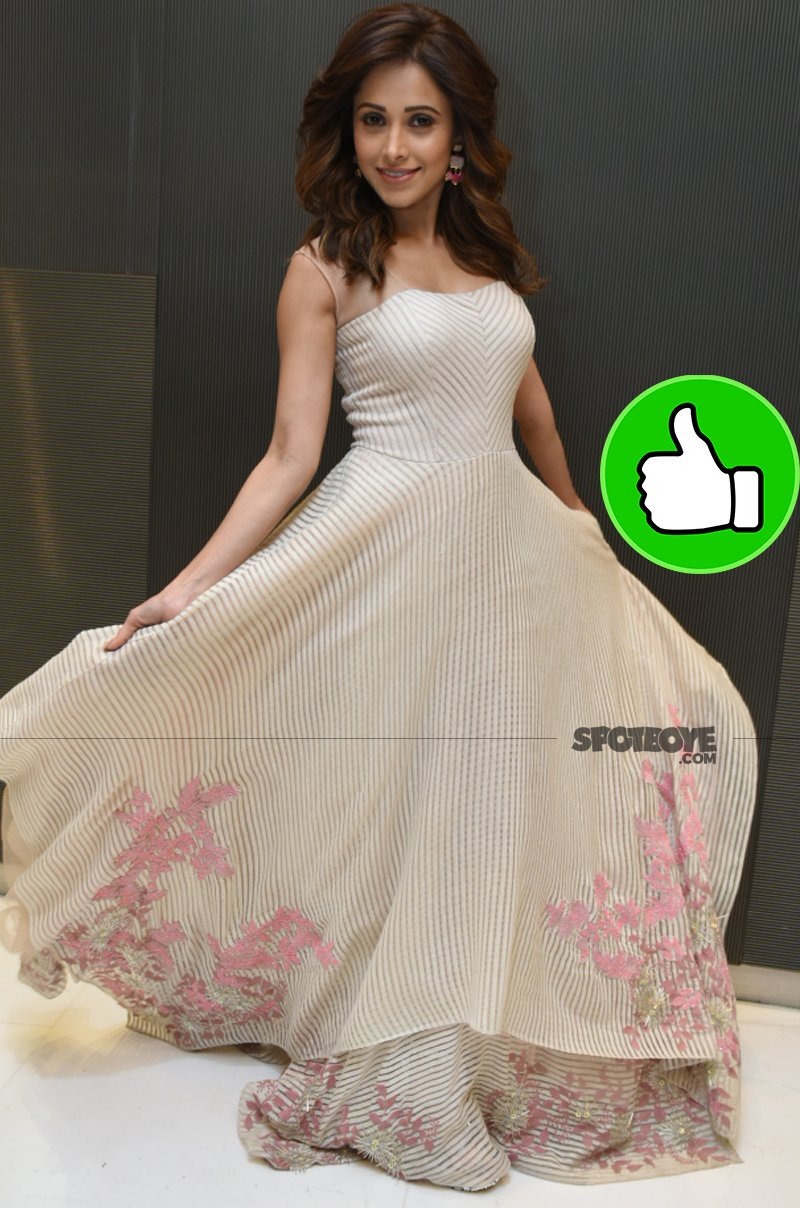nushrat bharucha looks too cute