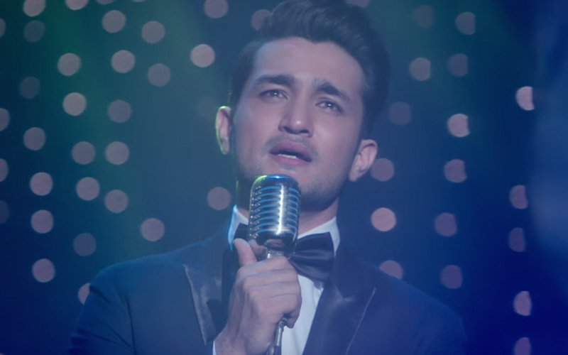 Arijit Singh's O Saathi Is TOO Romantic. We Like!