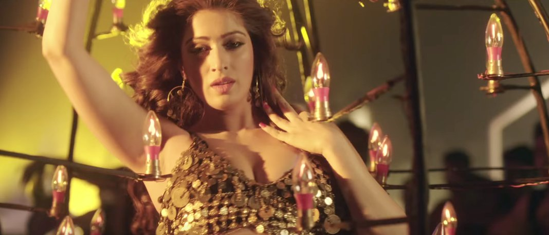 raai laxmi in julie 2 movie