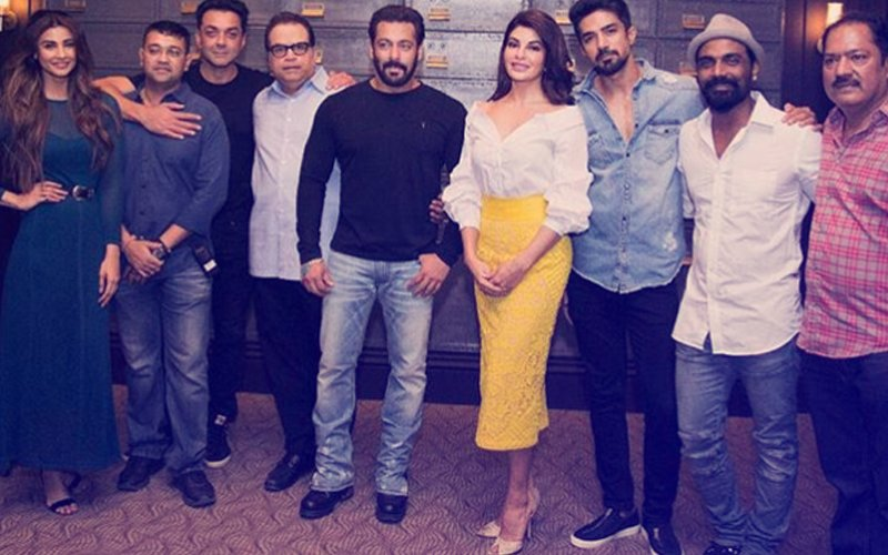 FIRST PIC, TEAM RACE 3: Salman, Jacqueline, Bobby, Daisy, Saqib Kick-Start The Film
